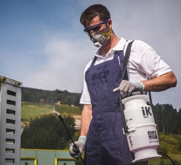 Nettoyage pîèces industriels pulvérisateur IK6