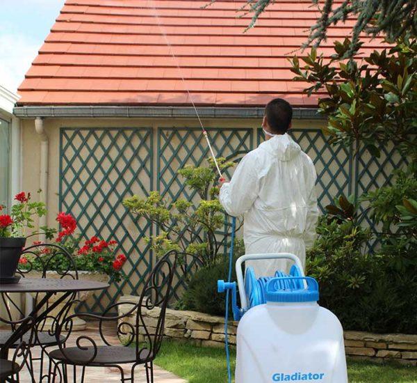 Nettoyage toiture pulvérisateur Gladiator Sprayer